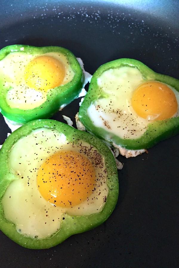 Eggs in Peppers.jpg