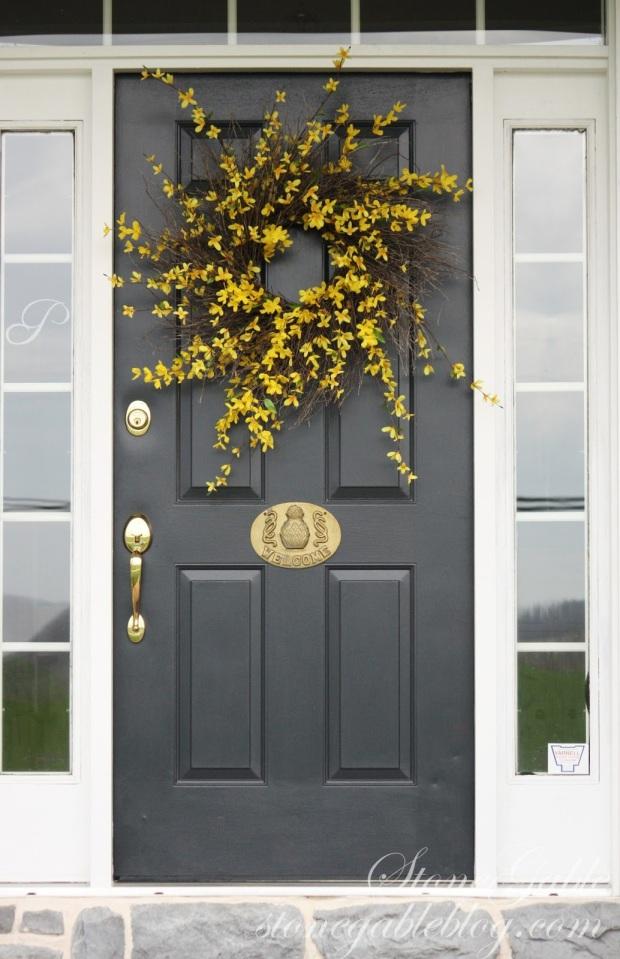 Forsythe Wreath.JPG