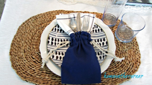 blue and white dining room place setting