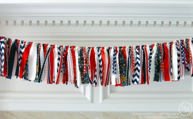 4th-of-July-Rag-Ribbon-Garland-4.jpg