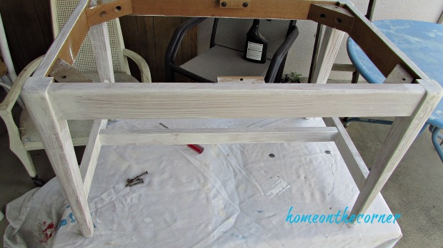 green and white bench makeover primer