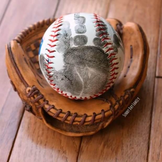 handprint baseball square