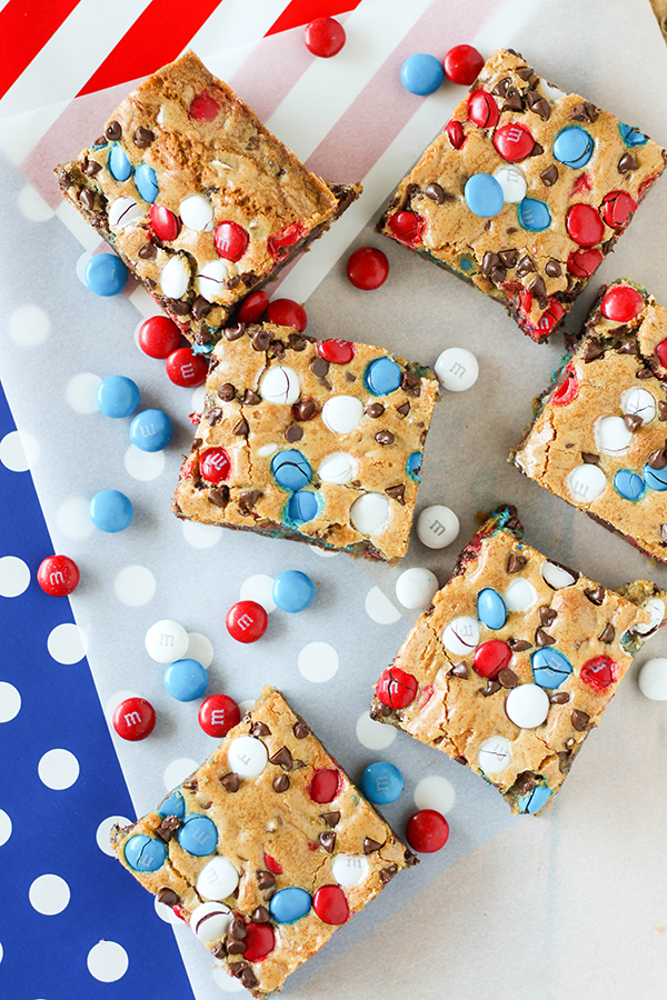 Red-White-and-Blue-MMS-Cookie-Bars-4.jpg
