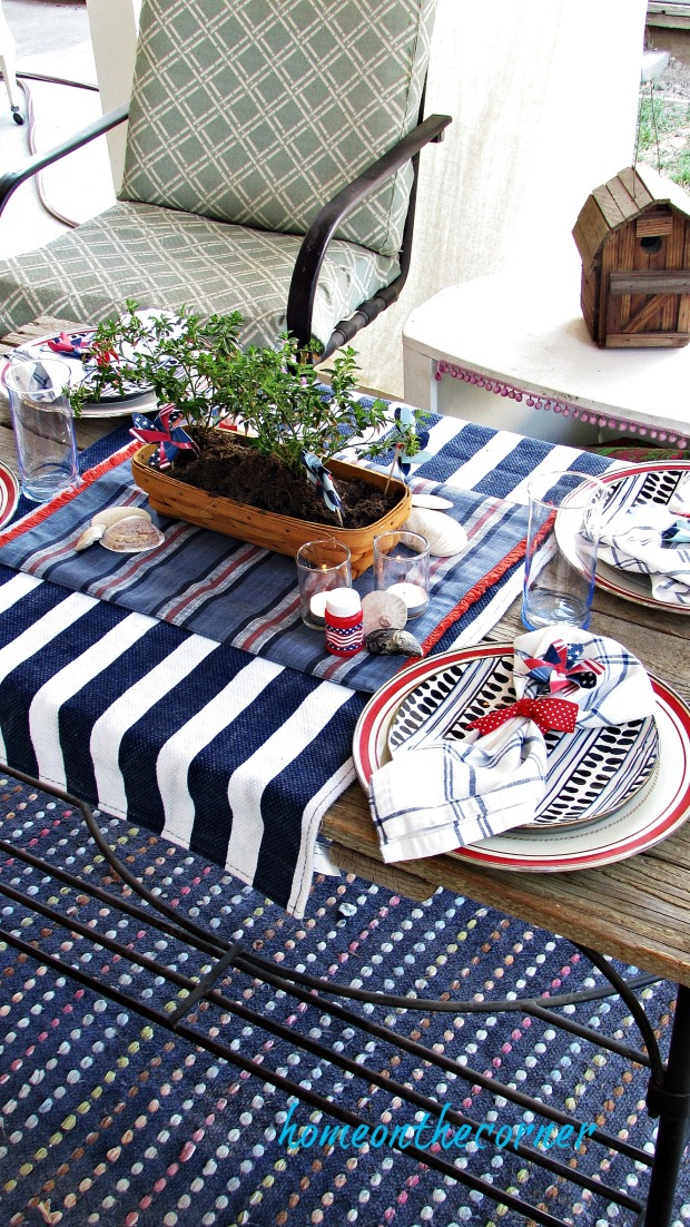 Red, white and blue patriotic dining