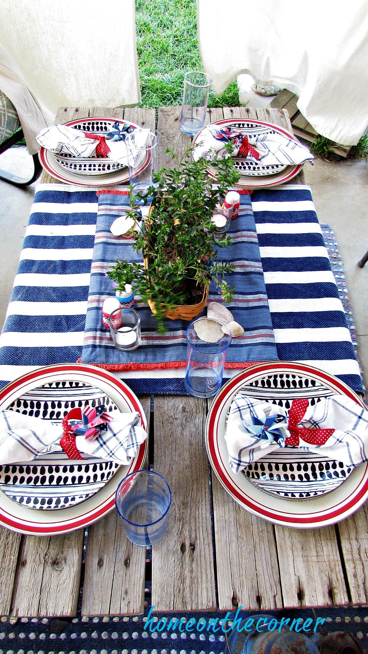 red, white and blue tablescape