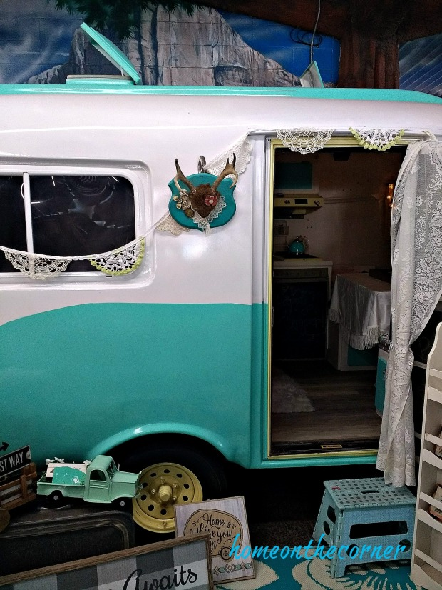 home improvement show vintage trailer