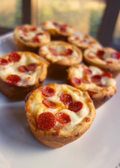 Pizza cupcakes.jpg