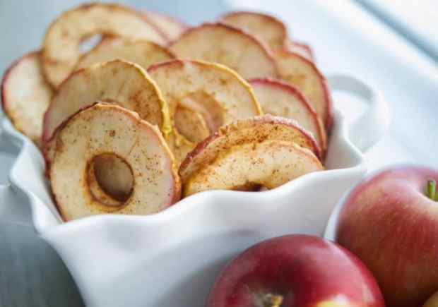 Cinnamon-Apple-Chips