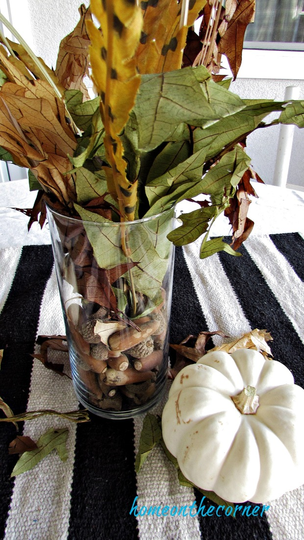 fall 2018 back patio leaves, feathers, acorns