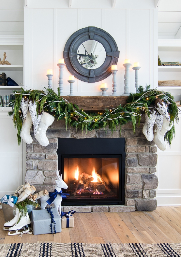navy-white-christmas-decor-rustic-mantel