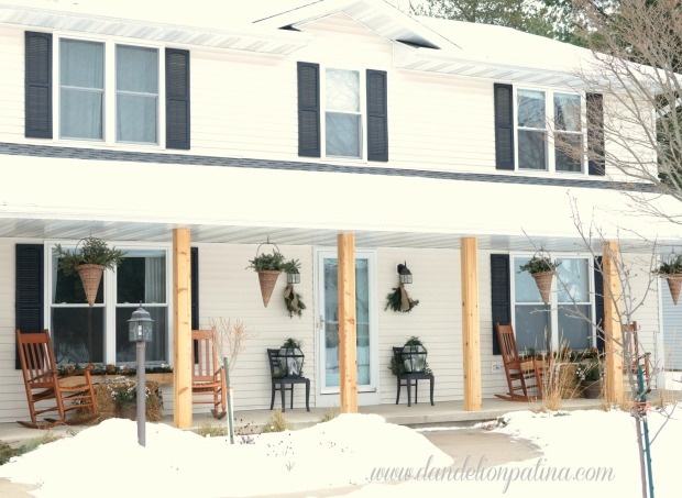 Winter-themed-front-porch