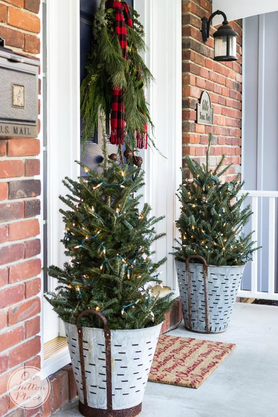 christmas-porch-decor-olive-buckets.jpg