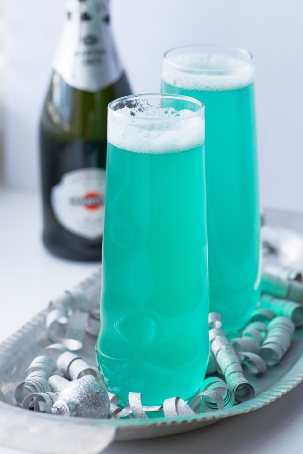 new-years-eve-champagne-cocktail.jpg
