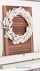 drop cloth leaf wreath hanging on shutter (1)