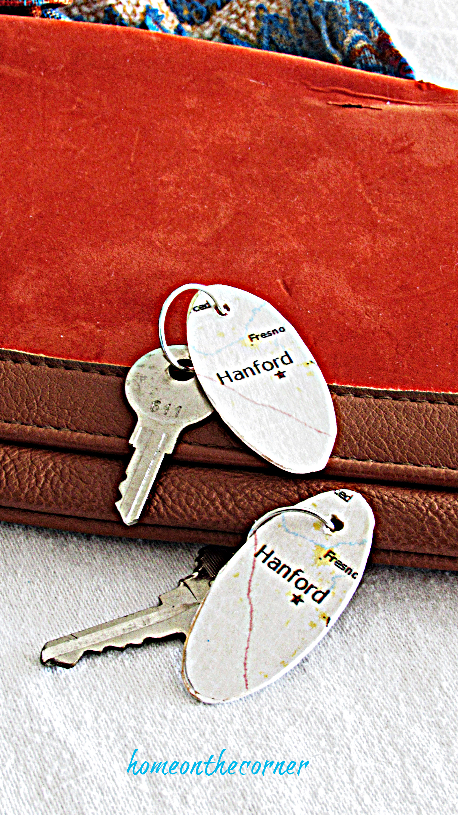 map key chains with orange purse
