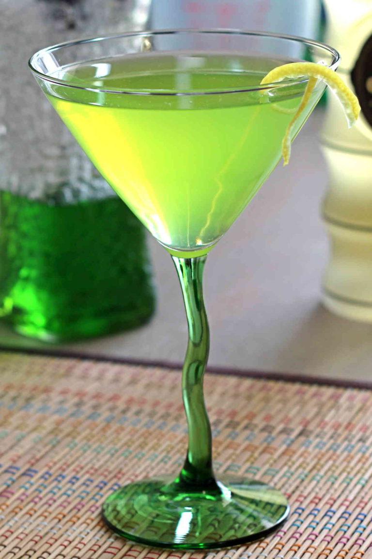 honeydew-ginger-martini.jpg