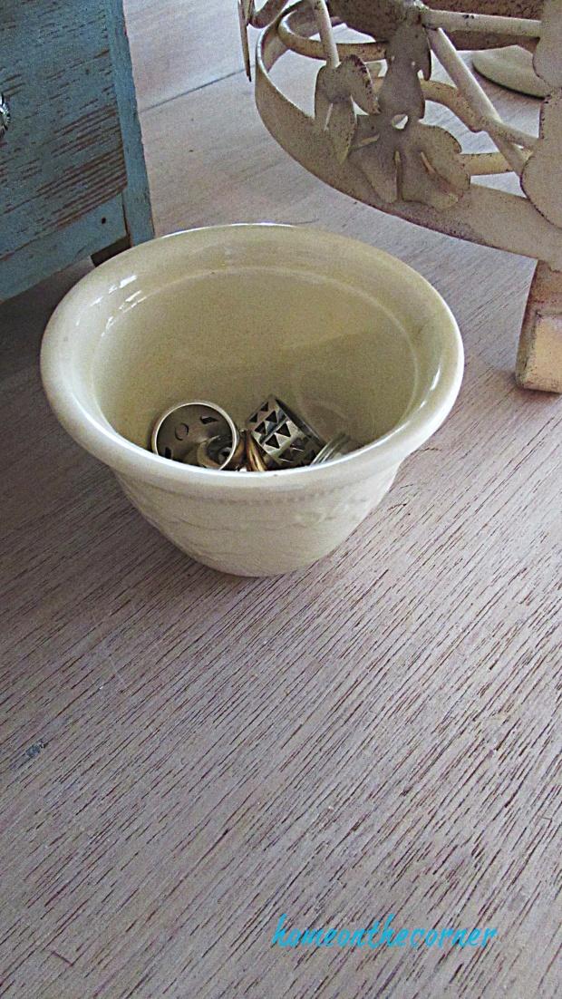master bedroom dresser ring bowl wood grain