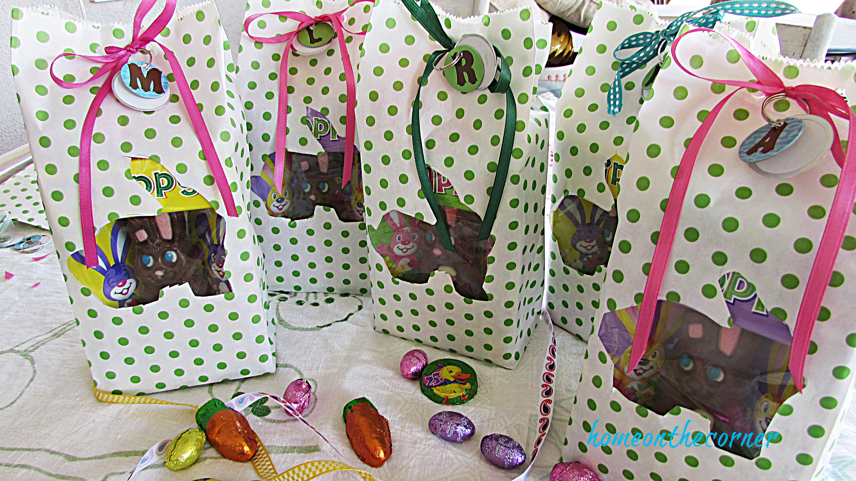Pols Dot Easter Bag 5 Gift Bags with Candy
