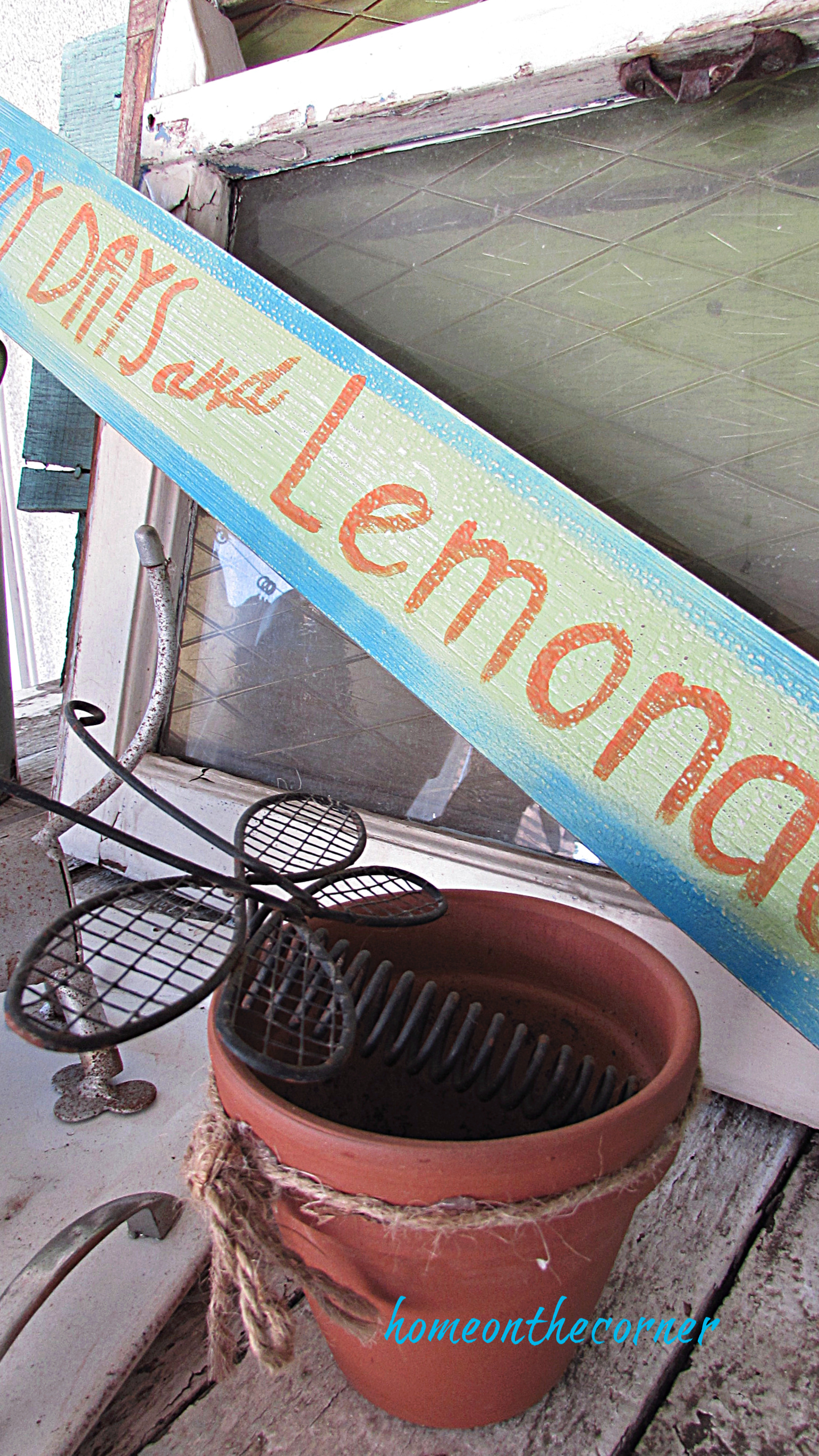 lazy days and lemonade wooden sign with clay pot