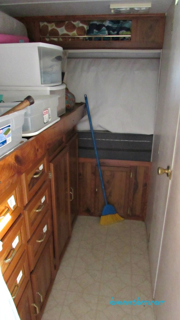 rv makeover before cupboards