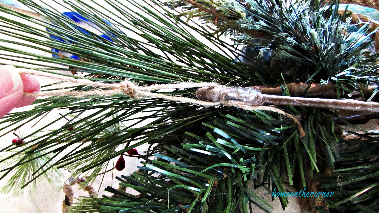 christmas wreath twine hanger