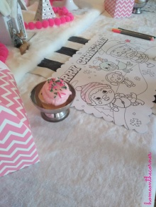 Pink Cupcake and Placemat