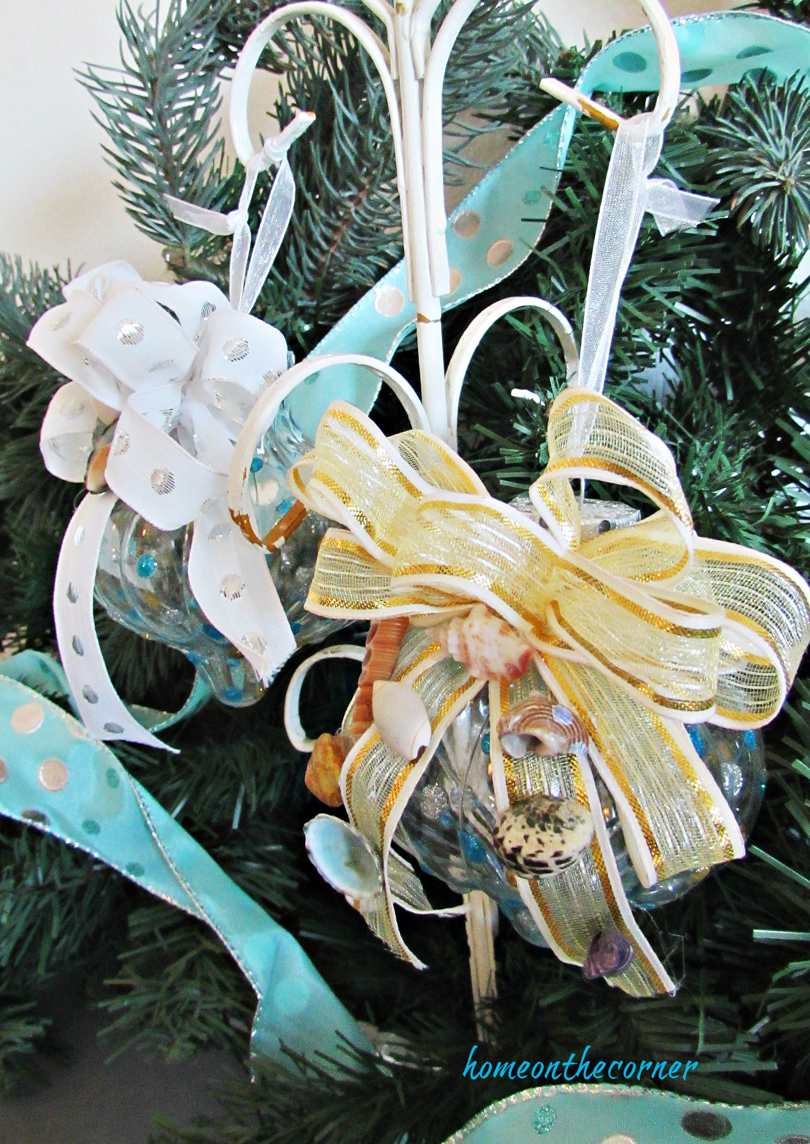 turquoise ornament gold, silver seashells