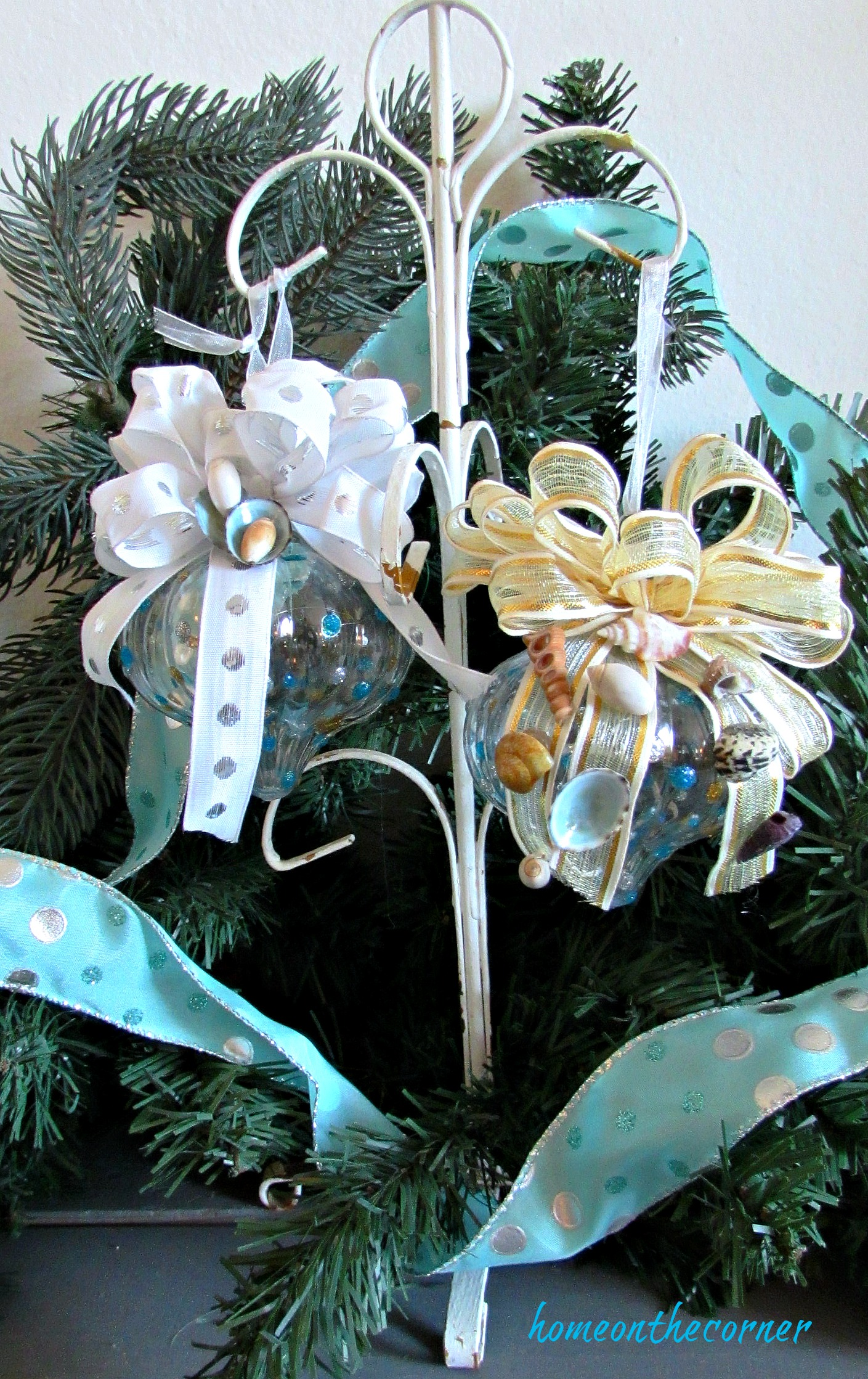 turquoise ornament with bow