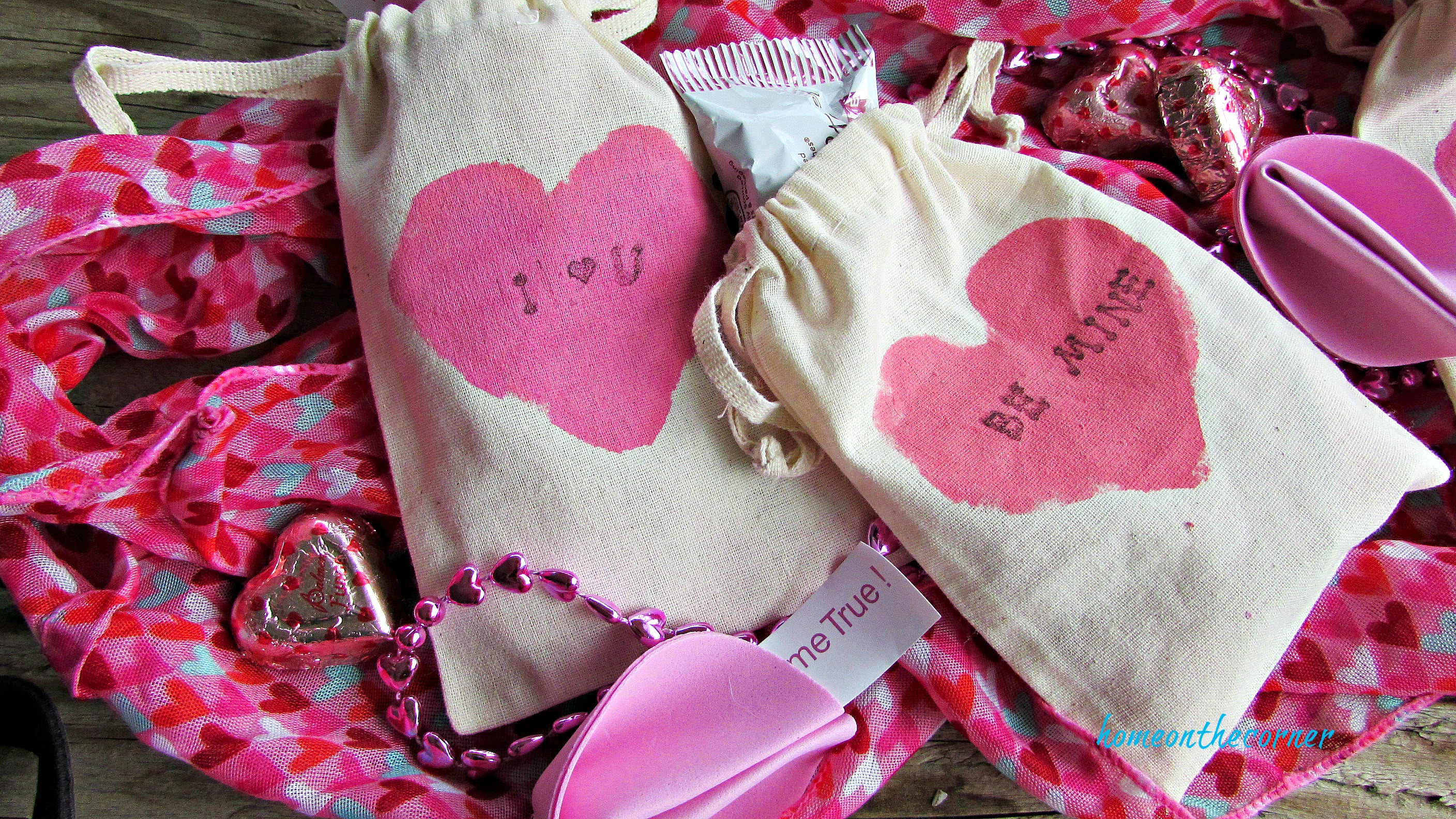pink painted valentine bags