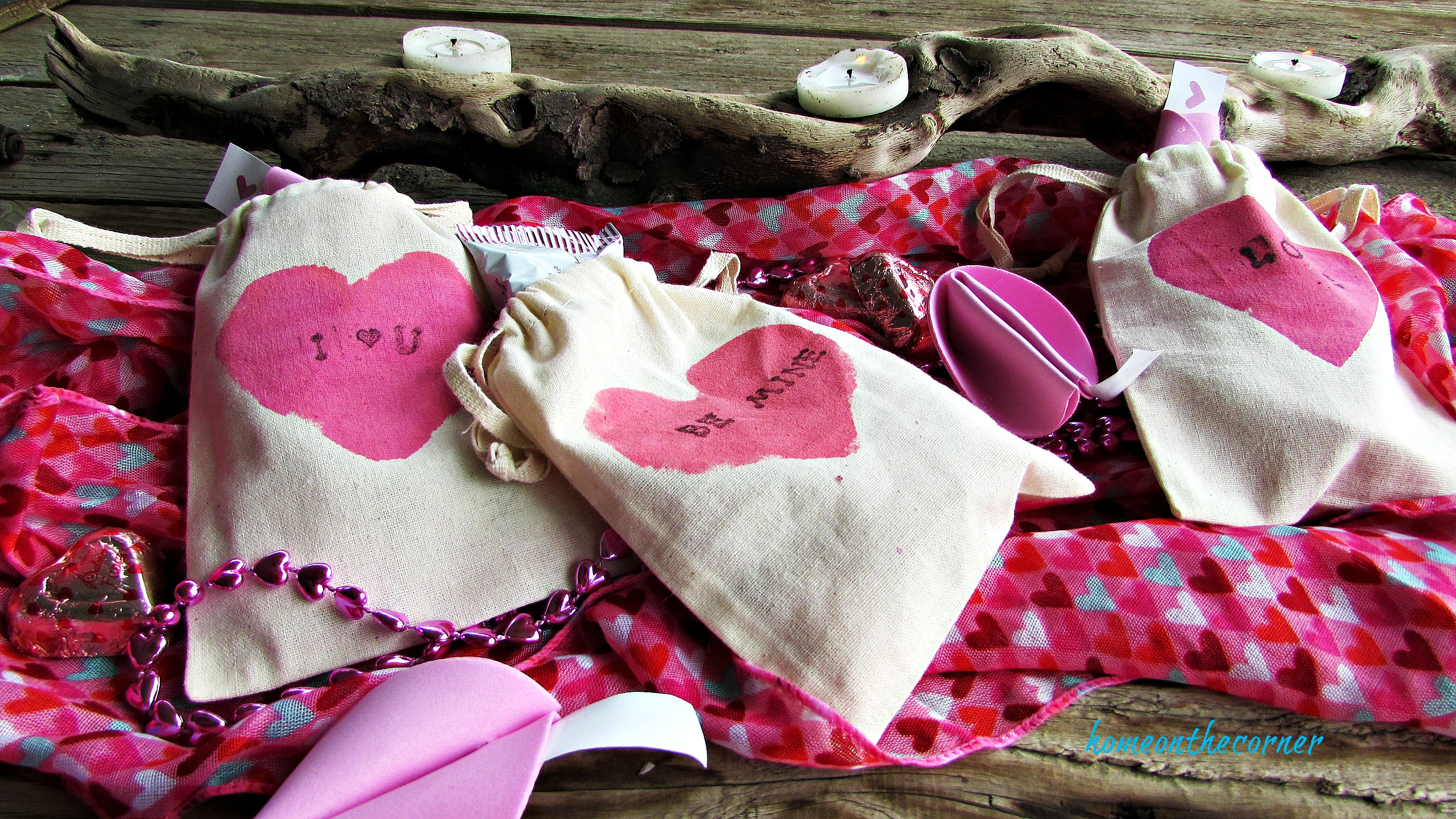 pink painted valentine bags i love you be mine