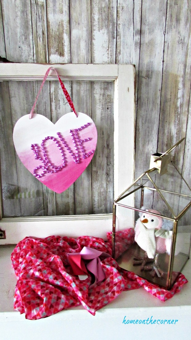 wooden heart ombre' pink and bird