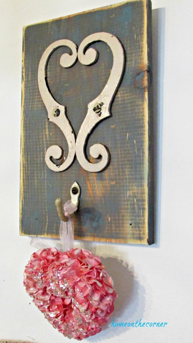 recycled hardware cream heart hook