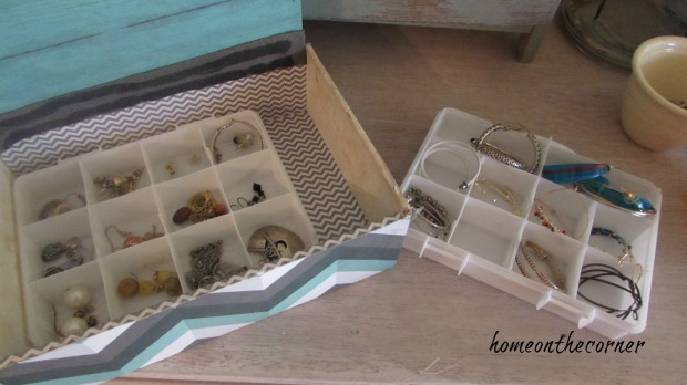 cigar box organized earrings